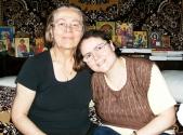 Nicoleta Enculescu (43 de ani), o profesoara de religie, cu multiple probleme de sanatate, ne cere ajutorul!