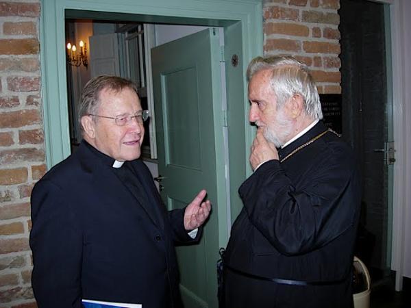 Mitropolitul de Pergam la un Congres ecumenist in Olanda