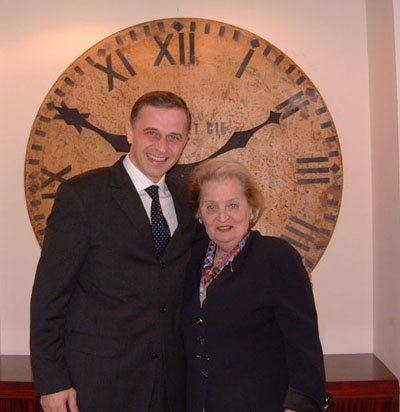 MG-Madeleine Albright
