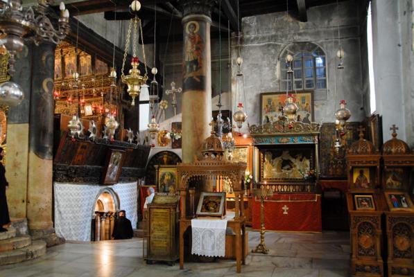 CU GANDUL LA BETHLEEM… Comunicatul Patriarhiei Ierusalimului cu privire la incidentele provocate de armeni in Biserica Nasterii