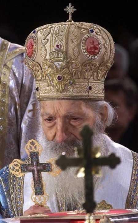 """Pastorala Nasterii Domnului din 1999 – Testamentul Patriarhului sarb Pavle: """"SA FIM OAMENI CHIAR IN VREMURI INUMANE!"""""""