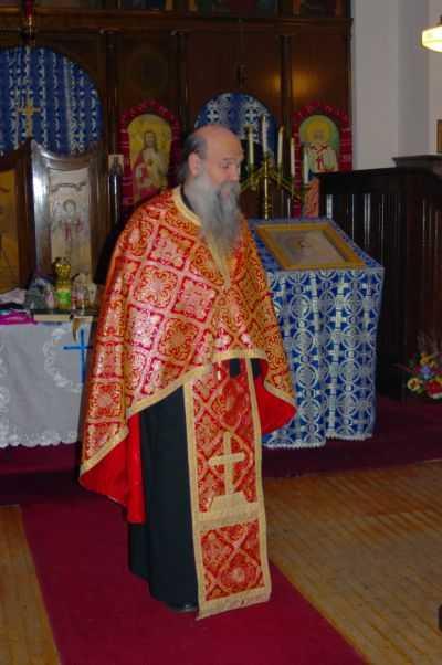 Aduse cu posta (electronica) de cititorii nostri (1): PARINTELE IRINEU CURTESCU (Manastirea Ponor) VORBIND PENTRU ROMANII ORTODOCSI DIN STATELE UNITE