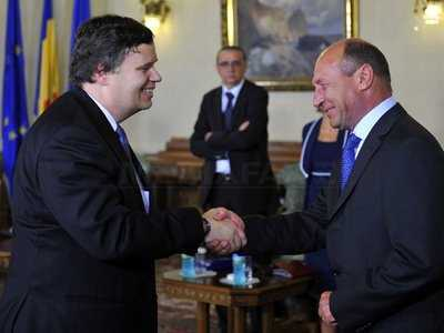 "ARTICOLELE SAPTAMANII (2): <i>""Acordul cu FMI: bilant dramatic""</i> – de Ilie Serbanescu"