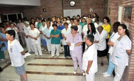 RAZBOIUL IMPOTRIVA SANATATII ROMANILOR CONTINUA PE TOATE FRONTURILE. O multime de sfaturi si avertismente medicale si de nutritie foarte utile oricui/ DIN NOU DESPRE DIRECTIVA UE REFERITOARE LA ETICHETAREA PRODUSELOR NATURALE, CARE INTRA IN VIGOARE LA 1 APRILIE (<i>Stiri sanatate 9-14 februarie 2011</i>)