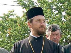 EPISCOPUL CORNELIU SE RETRAGE, desi neaga vinovatia (Video). Sfantul Sinod deplange, totodata, campania de calmoniere a clericilor