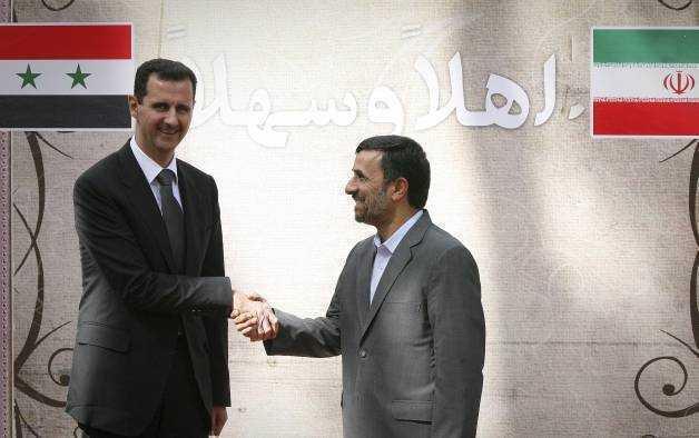 Iranul, cu un ochi la dictatura din Siria si cu un altul la revolta din Bahrain
