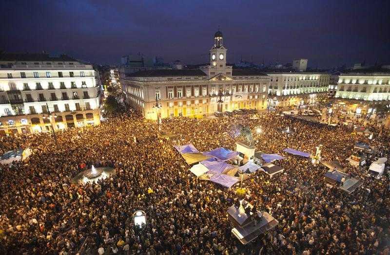 "VINE ""PRIMAVARA EUROPEANA"" DUPA CEA ARABA? SI TOT PRIN TWITTER! Los Indignados (Indignatii) din Spania, model contagios de revolta anti-austeritate sau foc de paie?/ EXODUL MEDICILOR ROMANI/ GRECIA, INSOLVABILA SI DISPERATA SA PRIVATIZEZE/ Criza economica arunca orasele mici intr-o criza a supravietuirii/ SECETA LOVESTE RECOLTELE DIN EUROPA"