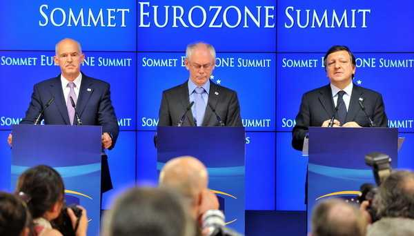 """<b>""""SALVAREA"""" GRECIEI ESTE, DE FAPT, SALVAREA BANCILOR SI A UNIUNII EUROPENE</b>. Care este sensul noului acord european pentru Grecia, Irlanda si Portugalia. FALIMENTELE CONTROLATE DUC LA O INTEGRARE EUROPEANA MAI PUTERNICA"""