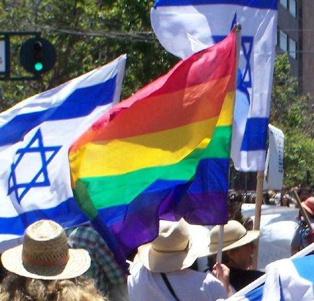 CLIPUL VIRAL PRO-HOMOSEXUAL: Cum manipuleaza gruparile gay copiii in aplauzele mass-media