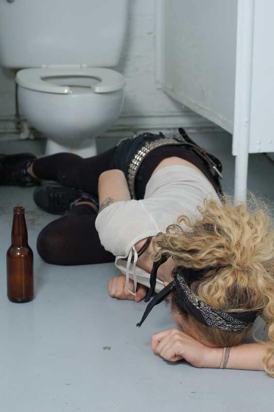 adolescente-probleme-consum-alcool