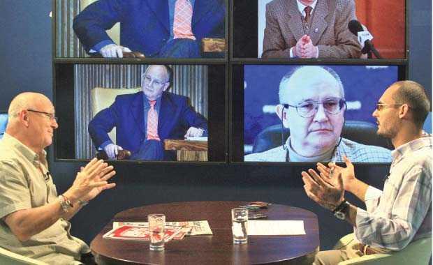 Ioan Mircea Pascu, eurodeputat: <b>LASZLO TOKES, agent teleghidat, PROPULSAT DE PRESEDINTELE TRAIAN BASESCU si cu agenda autonomista la Bruxelles</b>