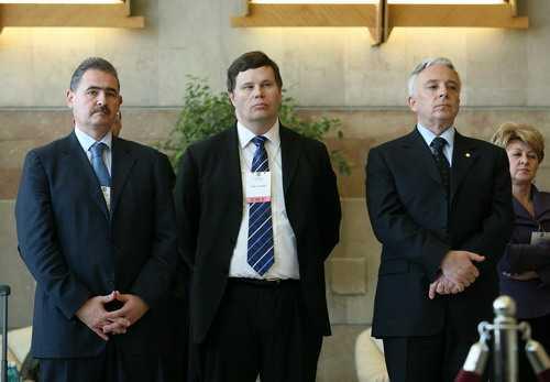 Mihai Tanasescu (FMI si Comisia Trilaterala): <i>SA NE PREGATIM PENTRU UN ALT MOD DE A TRAI PE PAMANT</i>/ Noul val al crizei: <b>pretext pentru jefuirea resurselor miniere ale tarii</b>