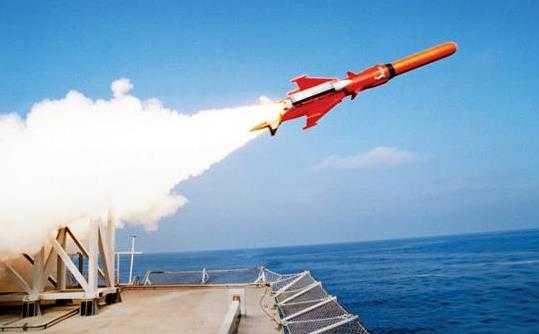 Seful diplomatiei Germaniei: PERICOLUL UNEI CONFRUNTARI MILITARE ESTE CONSIDERABIL. TRAIM O PERIOADA MAI REA DECAT RAZBOIUL RECE/ Rusia a adus rachete ce pot transporta focoase nucleare aproape de Tarile Baltice/ AMBASADORUL RUS DESPRE BRIGADA MULTINATIONALA DIN ROMÂNIA/ Criza migratiei si birocratia UE/ GAZELE DE SIST NU IEFTINESC FACTURILE/ Musulmanii torturati de CIA au dezvoltat boli psihice