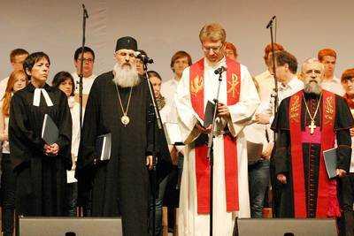 IPS Serafim Joanta la Radio Vatican: <i>TOTUL ESTE APROAPE COMUN INTRE ORTODOCSI SI CATOLICI…</i>