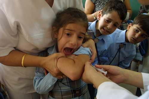 Proiect de lege in California care prevede vaccinarea copiilor FARA CONSIMTAMANTUL parintilor