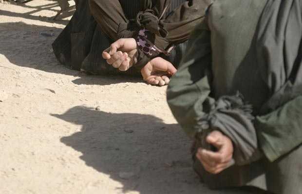 NOUA ORDINE AMERICANA TORTUREAZA: metodele de tortura folosite in Afganistan