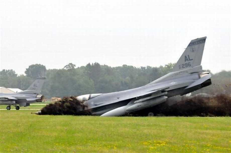 Avioanele F16