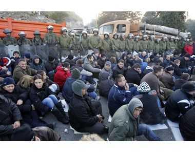 KOSOVO: fortele NATO si EULEX s-au ciocnit cu sarbii