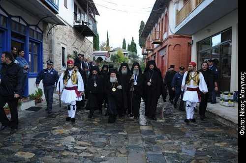 ADUNAREA CLERICILOR SI MONAHILOR ORTODOCSI din Grecia ia atitudine fata de MANEVRELE Patriarhului Bartolemeu de a ATACA semnatarii <i>Marturisirii de credinta impotriva ecumenismului</i>