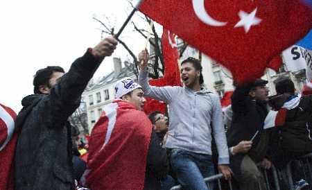 Turcia si-a RECHEMAT ambasadorul din Franta/ IRAN arata cine-i stapanul STRAMTORII ORMUZ iar SUA se pregateste de RAZBOI