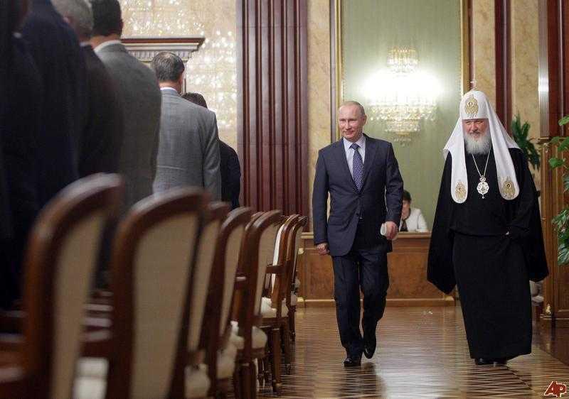 Patriarhul Kirill NU MAI VREA REVOLUTII IN RUSIA/ Religia, pusa la zid in China si nu numai/ MODA ANTI-CRESTINA IN Uniunea Europeana (<i>stiri religioase</i>)