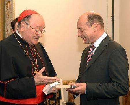 "Patriarhia Romana instrainata de popor? Vaticanul ""EMPATIZEAZA"" CU CEI SARACI la intalnirea cu Traian Basescu"