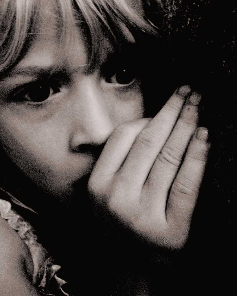 Rusia suspenda adoptia copiilor de catre SUA