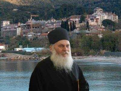 <i>Scandalul Vatoped</i> si arestarea preventiva a Parintelui Efrem: scurt istoric al unei mari prigoane. ADEZIUNI PENTRU ELIBERAREA STARETULUI ATHONIT