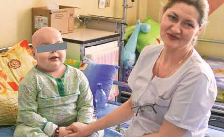 "BOLNAVII DE CANCER UITATI ai Romaniei: <i>""Sunt pacienti care au dureri groaznice. URLA""</i>"