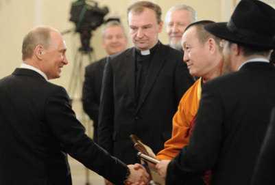 Cum il lauda PATRIARHUL KIRILL pe PUTIN. Ce promite, la schimb, premierul rus: promovarea BISERICII LA TV si apararea CRESTINILOR PERSECUTATI din lume