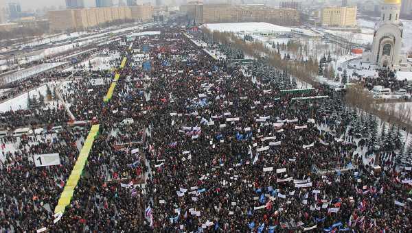 PROTESTE IN RUSIA: ce spera opozitia anti-Putin? <b>NEOLIBERALISMUL <i>a la russe</i> si spectrul unor SCHIMBARI DRAMATICE</b>