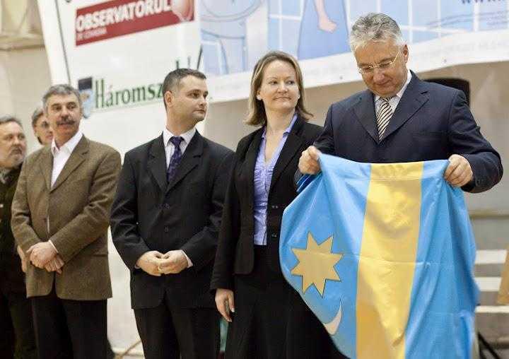 Guvernul ungar sprijina IREDENTISTII din Romania, tot mai pe fata/ Pledoarie pentru AUTONOMIE a ministrului de externe ungar in <i>Evenimentul Zilei</i>