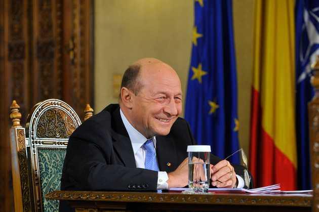 Basescu, vizitat de oamenii CHEVRON inainte sa sustina PUBLIC exploatarea gazelor de sist/ Favorizarea EXXONMOBIL in exploatarile sub-acvatice?