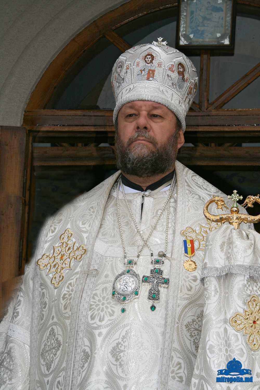 Mitropolitul Chisinaului Vladimir Cantarean (Patriarhia Moscovei) denunta DICTATUL ONU si presiunile pentru LEGEA DISCRIMINARII, chemand la apararea credintei (<i>VIDEO</i>)