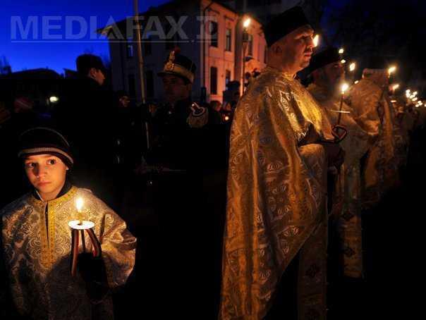 MANIPULARE: Cum a fost transformata procesiunea cu icoane a MII DE ORTODOCSI din Duminica Ortodoxiei in EVENIMENT ECUMENIST de PROTV si MEDIAFAX