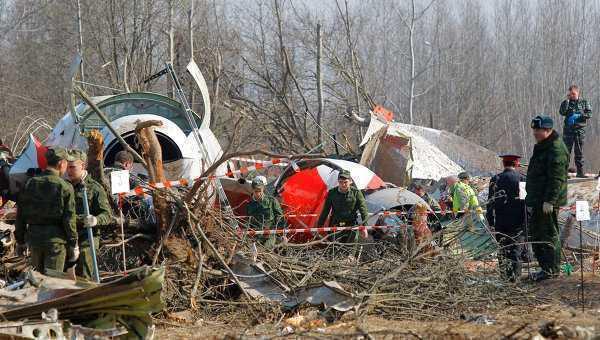 Rusii ar fi cautat sa impiedice aterizarea fostului presedinte polonez Kaczynski la SMOLENSK