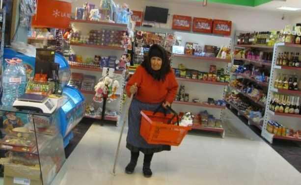 PRETURI CA IN EUROPA, SALARII CA IN ROMÂNIA. Avem printre cele mai mari preţuri la mâncare şi haine din toată Uniunea Europeană (Video)/ MITUL ASISTATILOR SOCIAL – DEMOLAT DE STATISTICA/ Companiile franceze si germane IMPOTRIVA SALARIULUI MINIM. Printre motive, o minciuna: lipsa de productivitate/ ROMÂNIA – CEA MAI PROFTABILA TARA PENTRU INVESTITORI