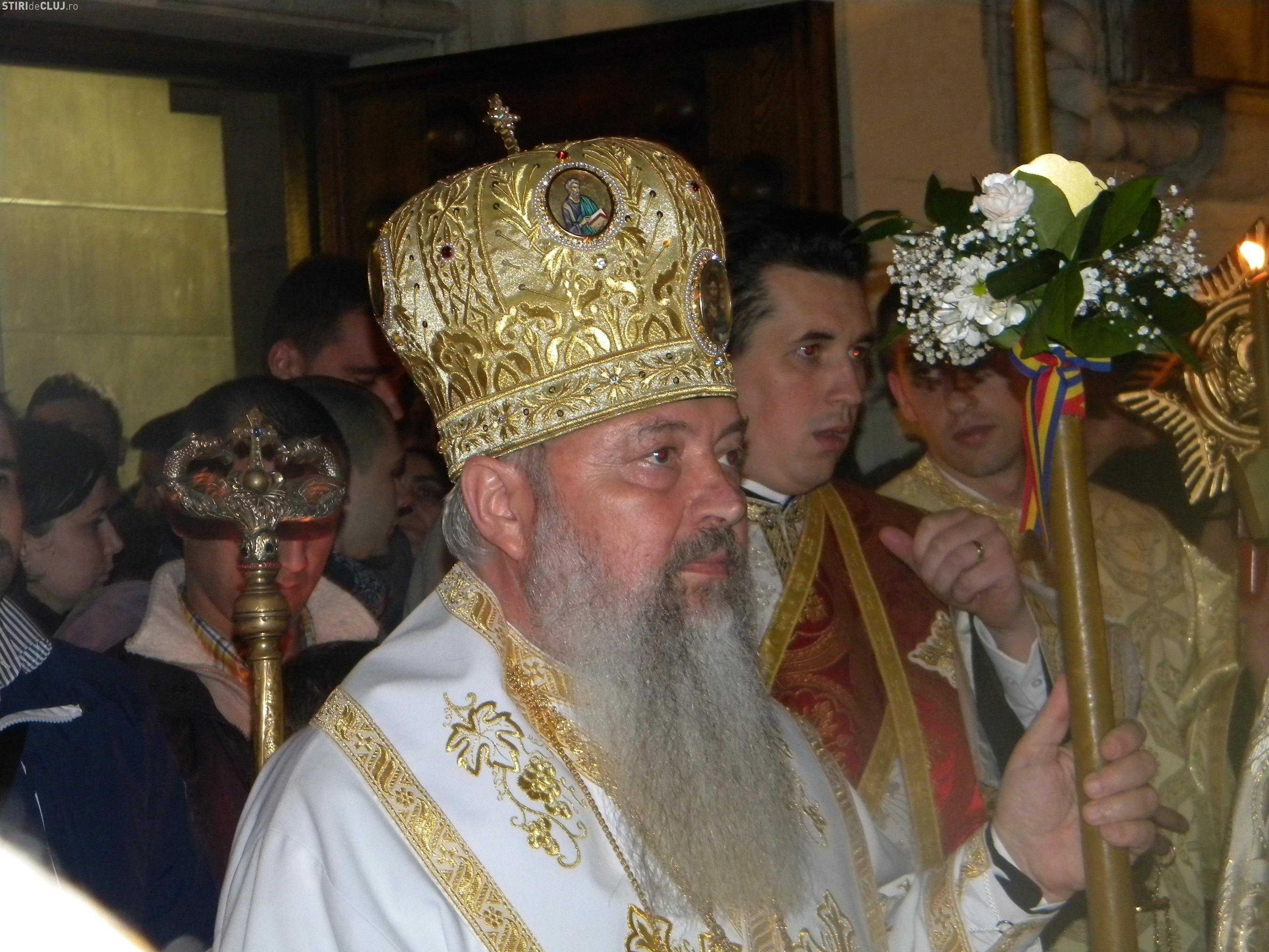 """IPS ANDREI, Mitropolitul Clujului, in pastorala Invierii 2012: <b><i>""""SUFERINTA E PESTE TOT…, iar RAUTATEA ATACA INDARJIT""""</i></b> (video)"""