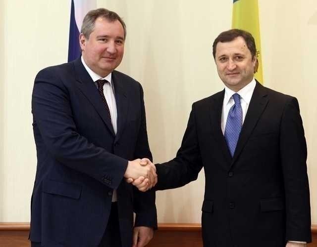 SANTAJUL ROGOZIN. Rusia ameninta ca va DEZMEMBRA Republica Moldova daca aceasta se va uni cu Romania