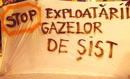 """RAZBOIUL GAZELOR DE SIST. Proteste la Costinesti, raport oficial despre CUTREMURELE """"hidraulice"""", BOALA OLANDEZA si abdicarea de la SUVERANITATE"""