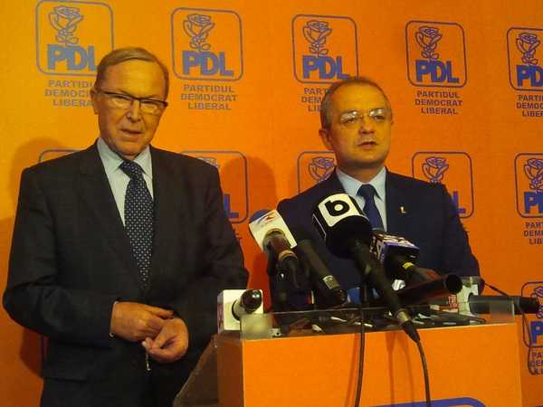 Seful popularilor europeni vrea UNIUNE POLITICA REALA si presedinte european ALES DIRECT