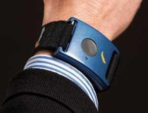 Bill Gates investeste in BRATARA GALVANICA, tehnologie biometrica de masurare a gradul de atentie al ELEVILOR