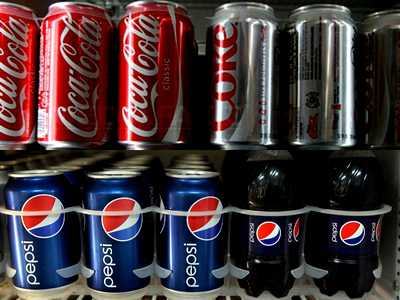 Coca-Cola are colorant CANCERIGEN/ Bauturile Coca-Cola si Pepsi contin ALCOOL