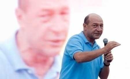 "SFARSITUL ROMANIEI, CU ""FLACARA"" (ANTI)DEMOCRATIEI LA CAPATAI?"
