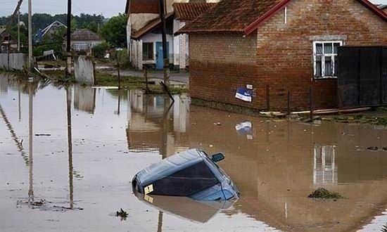 Inundatii catastrofale in Rusia (VIDEO)