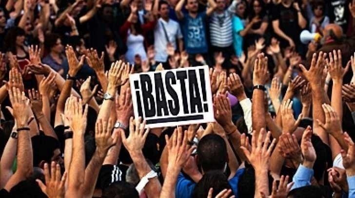 SPANIA: criza, austeritate impusa de Bruxelles si Berlin, SUTE DE MII DE OAMENI IN STRADA. Incredibila declaratie a sefului BCE, DRAGHI!