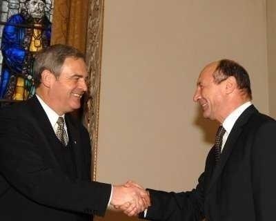 TOKES: BASESCU trebuie sa asculte revendicarile MAGHIARILOR CARE L-AU SUSTINUT LA REFERENDUM