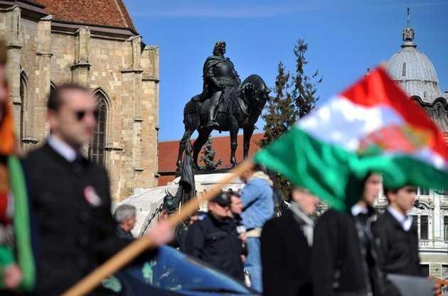 """<b>UDMR si """"rebeliunea"""" ungureasca de la 1 septembrie</b>: PROTESTUL DE LA SF. GHEORGHE, unde sunt asteptati 10-20.000 participanti. AUTONOMIA, printre deziderate"""