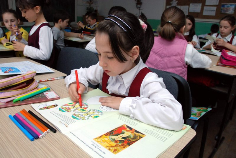 ASUR: campanie de intimidare a directorilor de scoala pentru ora de religie. DEMONTAREA PUNCTUALA A DEZINFORMARILOR MILITANTILOR ATEISTI