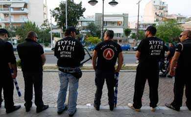 NEONAZISTII din Grecia fac POLITIE in Atena/ Der Spiegel ataca Biserica Ortodoxa Greaca